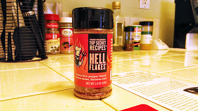 Hell flakes 5 pepper blend, spice